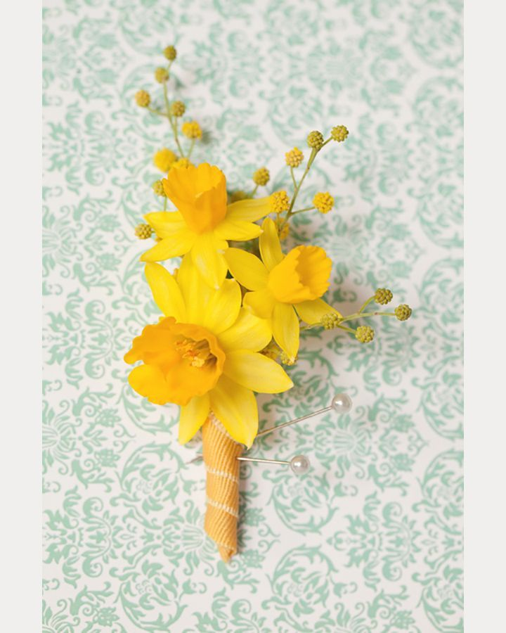Bright and cheery daffodil bout for a spring wedding ~ we ❤ this! moncheribridals.com