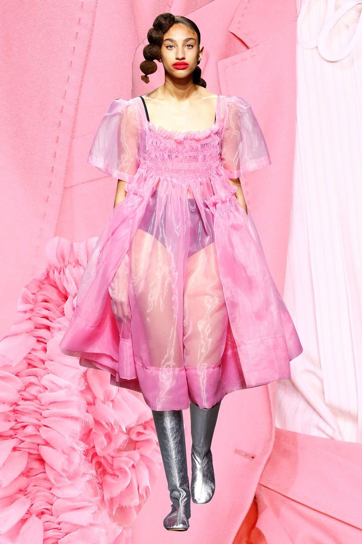 5 SS17 Trends To Tap Into Now #refinery29  http://www.refinery29.uk/2016/09/123827/trends-ss17-london-fashion-week#slide-4  Powerful PinkFrom Molly Goddard's fluoro-pink, tulle-dress-wearing, '90s-New-York-City-ravers, to Paul Smith's Pepto-Bismol pink power suits – pink is trending for SS17. Goddard's neon frocks were designed to be worn anywhere from the post-show after-party, to a 30th birthday bash with the theme of a Sweet Sixteenth, while Smith's tailoring would look best worn…