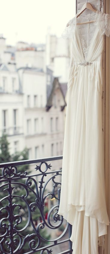 Parisian Wedding via @jena1125. #Paris #weddings