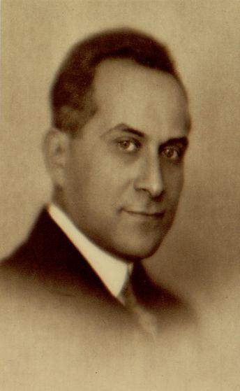 JUDr. Štefan Osuský (* 31. marec 1889, Brezová pod Bradlom – † 27. september 1973, Herndon, USA) bol slovenský politik, diplomat. Radí sa medzi zakladateľov Spoločnosti národov, predchodkyne OSN. Zohral kľúčovú úlohu pri zrode a podpise Trianonskej dohody 4. 6. 1920 a Malej dohody.