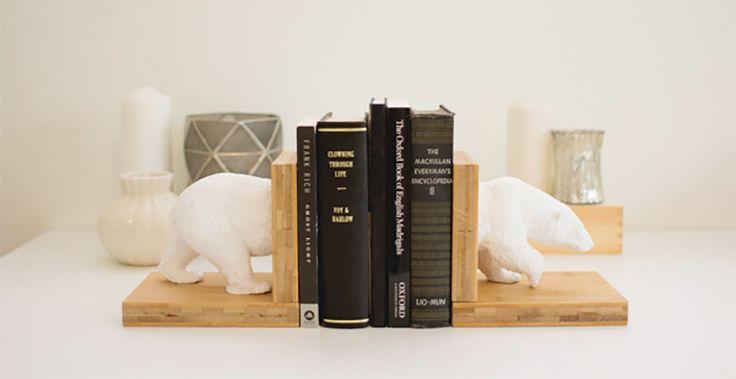 Voici un DIY astucieux pour fabriquer des serre-livres originaux facilement à l'aide de figurines d'animaux ou autres !