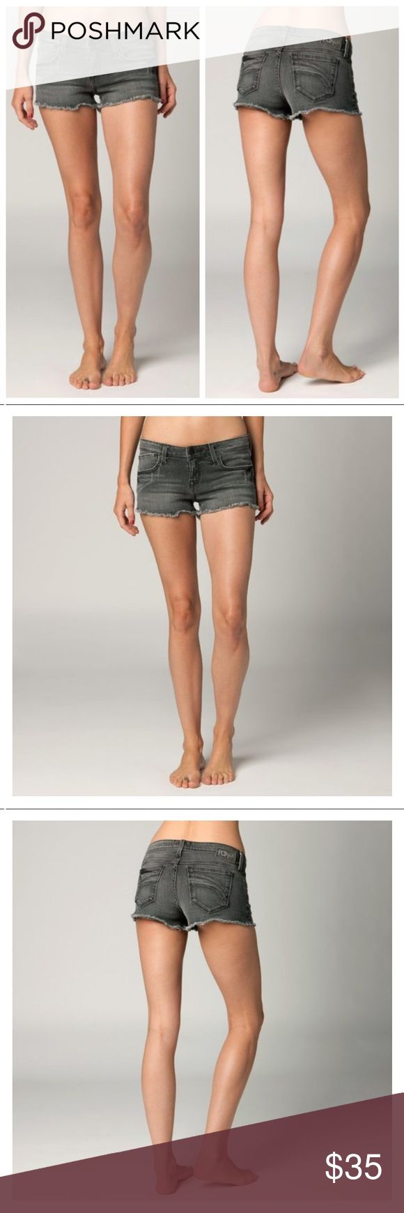 """🆕Fox Racing Womens Joyride Denim Jean Shorts The Joyride shorts are the perfect-fitting cut-off shorts you've been dreaming of.  FEATURES  Fox Denim patch with hammered nail heads at back of waistband 2"""" inseam 99% cotton/1% Spandex Fox Shorts Jean Shorts"""