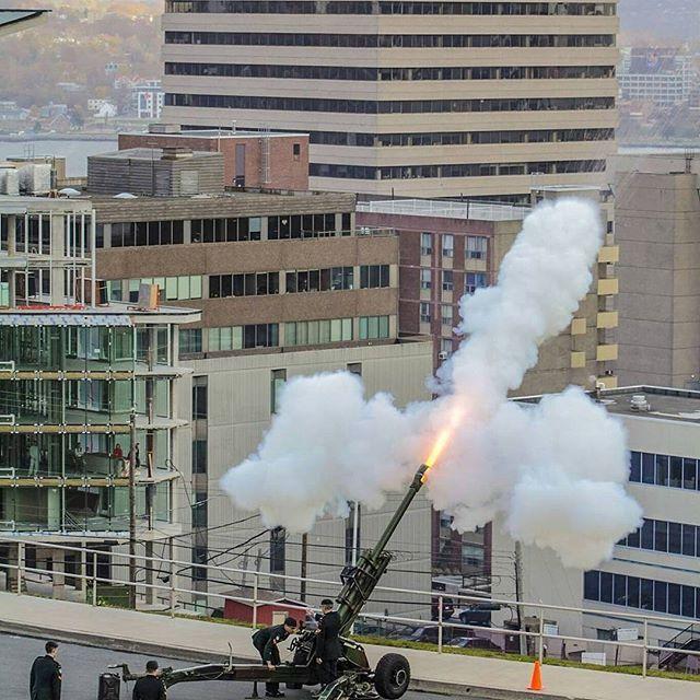 From @cm_aviation - 21 Gun Salute on Citadel Hill #remembrance #remembranceday #wewillrememberthem #21gunsalute #Halifax #novascotia…