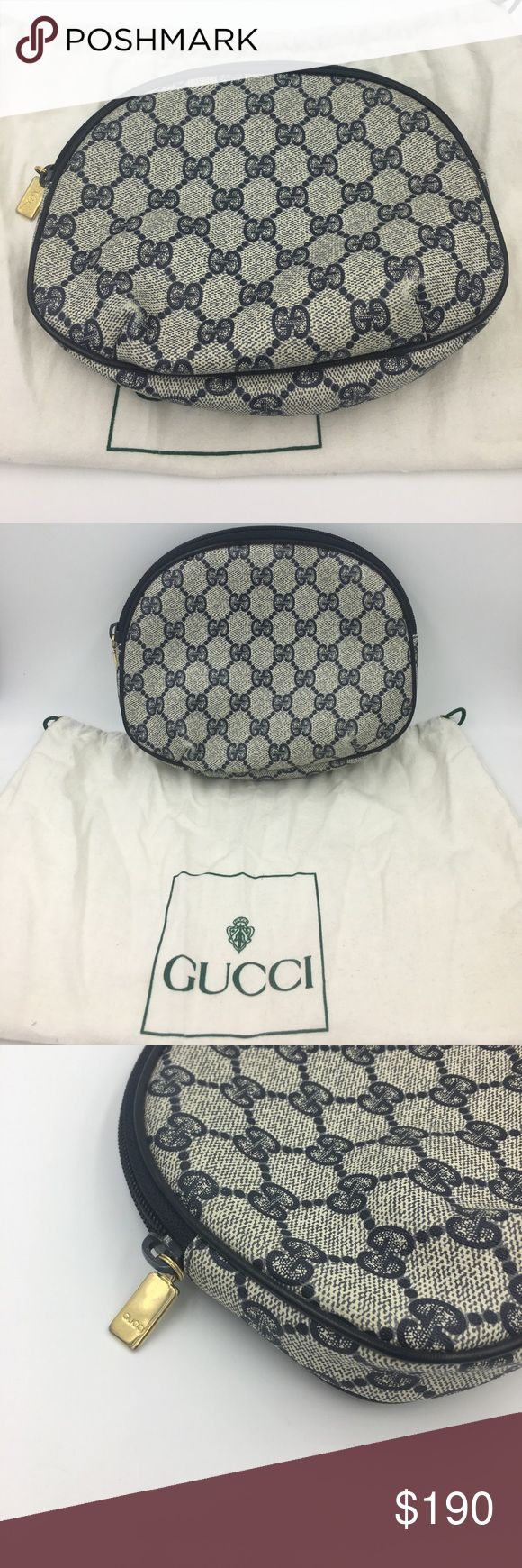 Authentic Gucci clutch/ makeup bag Gucci clutch, Vintage