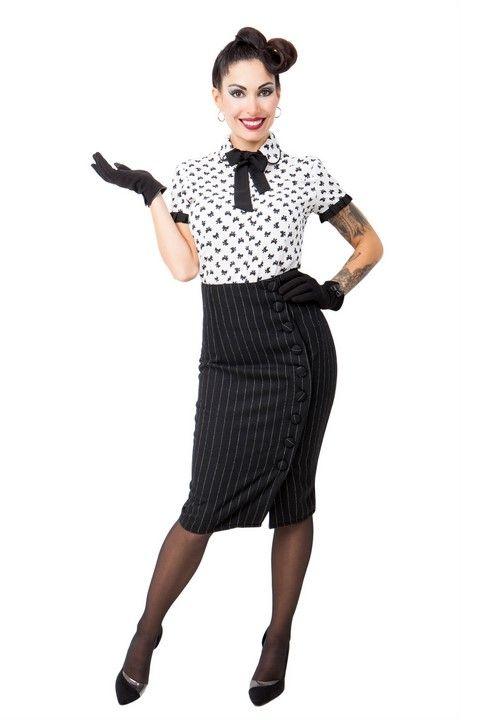 Camisa SANNY. Camisa estampada blanca y negra, tejido muy ligero y cómodo. Volantes de las mangas y corbatín en negro. Falda SHANNY.Falda corte de tubo tejido ralla diplomática. Abotonada a la parte izquierda. #Presumidas #AndreaPalau #soypresumida #PresumidasElegance #moda #moda50s #años50 #1950sfashion #ropavintage #m#pinup #pinupgirl #fiftties #fifttiesstyle #fifttiesgirl #cool #estampadosvintage odavintage #vintagestyle#vintageoutfits #vintagetrends