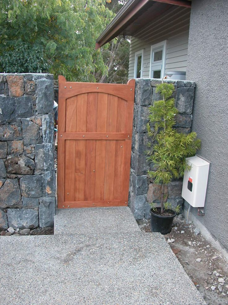 20 best images about fence gates on pinterest wooden for Best gate design