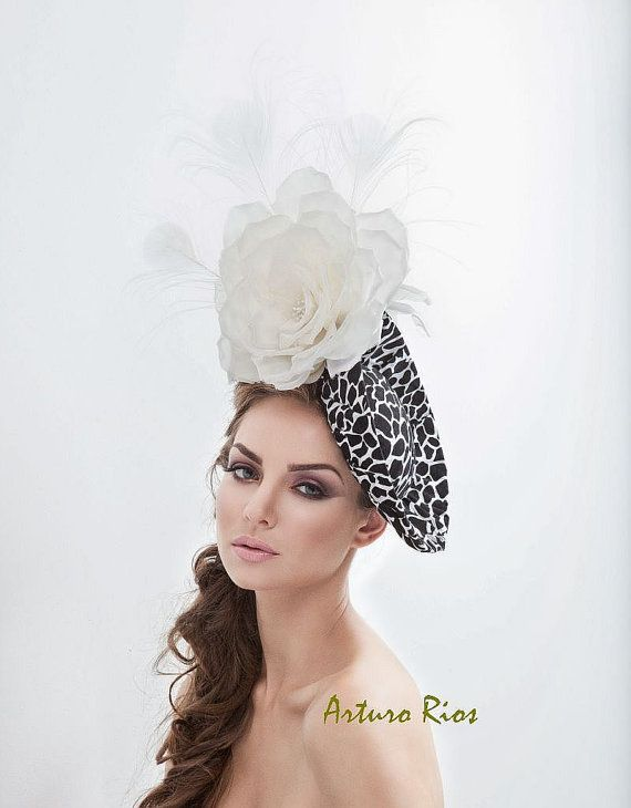Black and white Fascinator, Cocktail hat, couture hat, headpiece, Melbourne cup fascinators, Womens hats