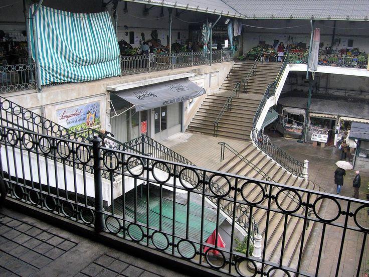 08.  2008.11.20 - vista parcial do Mercado do Bolhão, PORTO.