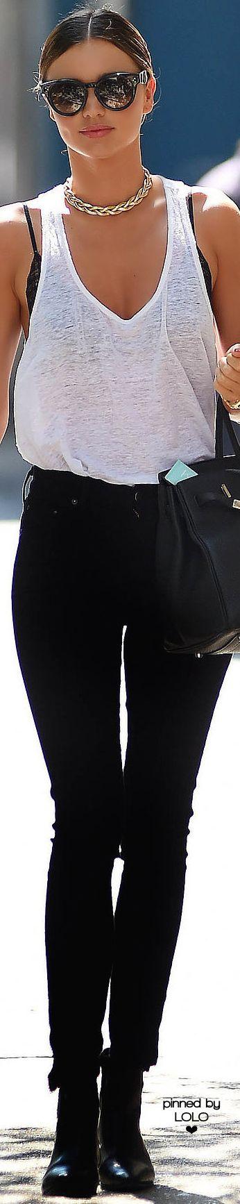 Miranda Kerr  • Street 'CHIC • ❤️ ✿ιиѕριяαтισи❀ #abbigliamento