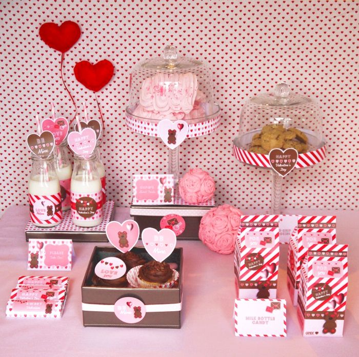 42 best Sweet table { st valentin} images on Pinterest | Sweet ...