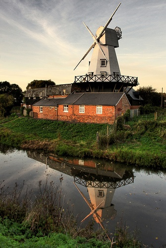 Could there ever be a better place to stay than in a windmill? I don't think so. This one is in Rye, East Sussex. Check out http://www.ryewindmill.co.uk/