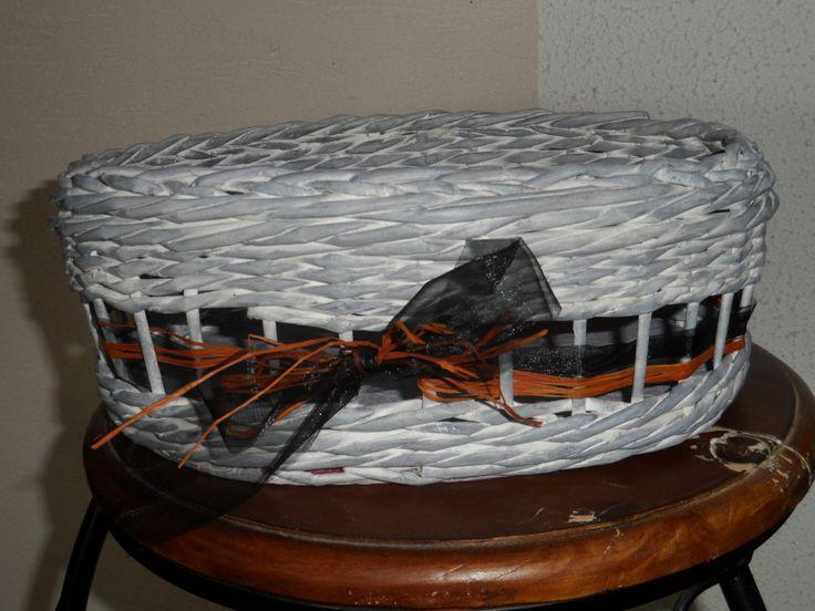 pleteno z papíru