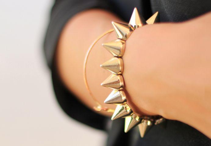 <3 accessories.