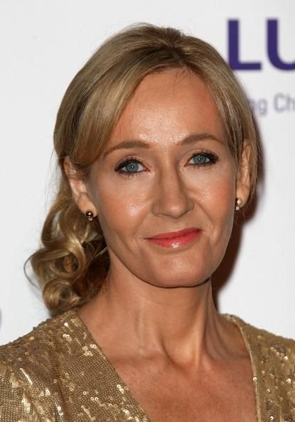 JK Rowling New Book Release Date October 22: 'Career Of Evil' Trails 'The Cuckoo's Calling' - http://asianpin.com/jk-rowling-new-book-release-date-october-22-career-of-evil-trails-the-cuckoos-calling/