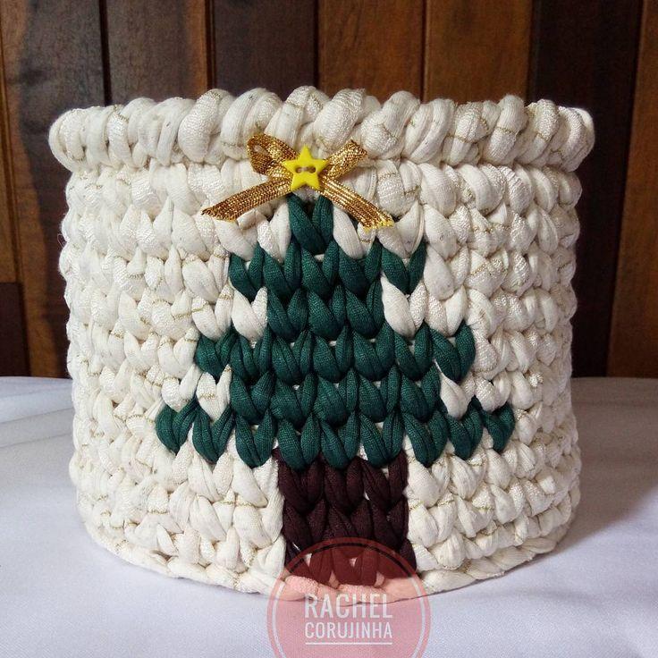 """71 curtidas, 3 comentários - feito à mão - handmade (@rachelcorujinha) no Instagram: """" #RachelCorujinha #feitoamao #handmade #crochê #crochet #fiodemalha #fioecologico #fioreciclado…"""""""