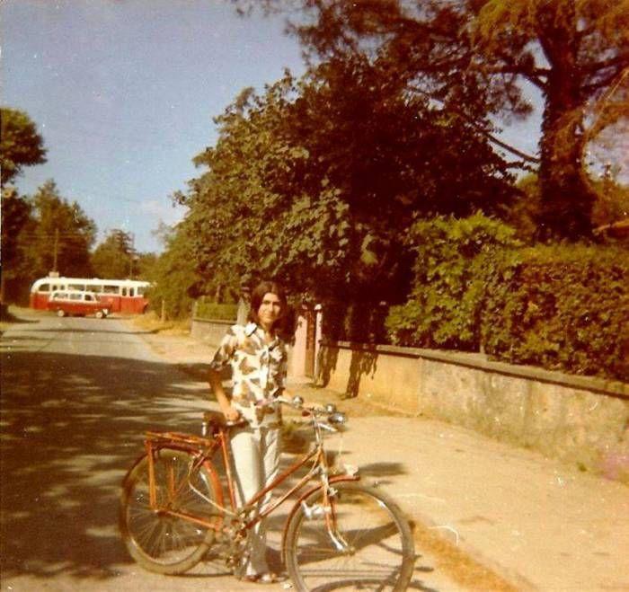bisiklet kullanmak çok daha rahatken #İstanbul (1970ler, #Erenköy) #istanlook #1970