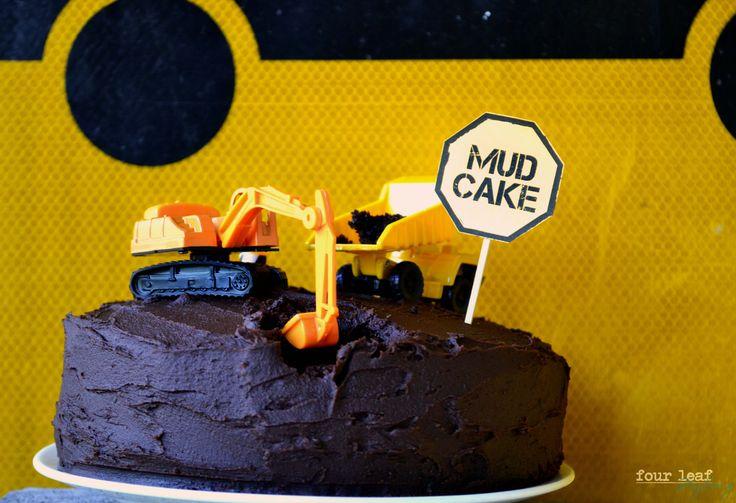 Danny's chocolate Mud Cake | Four Leaf Styling