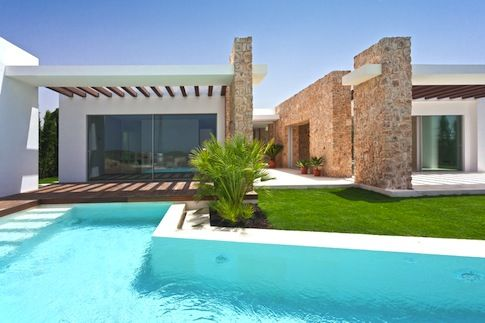 Dům Naomi Campbell na Ibize / Naomi Campbell´s Ibiza house.