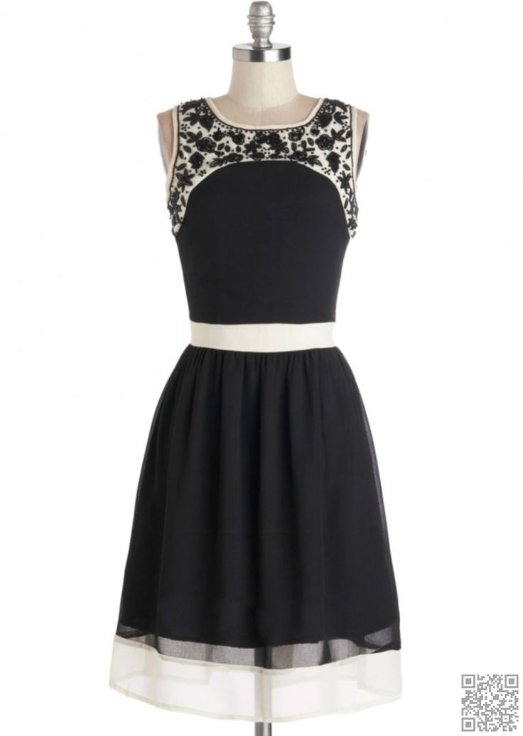 Dream mclean black and white dress