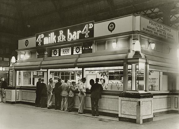 Milk Bar Central Railway Station Sydney 9/04/1946