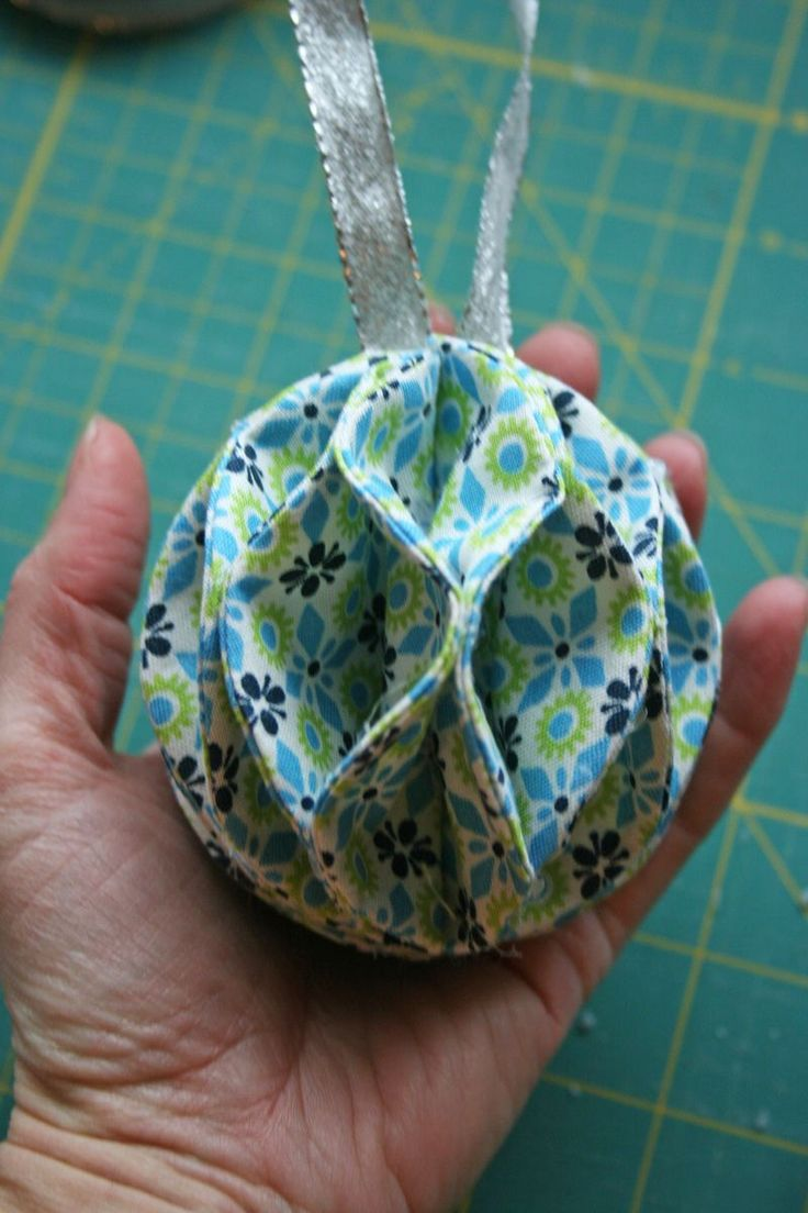 296 best images about Crafty - Fabric Ornaments on ...
