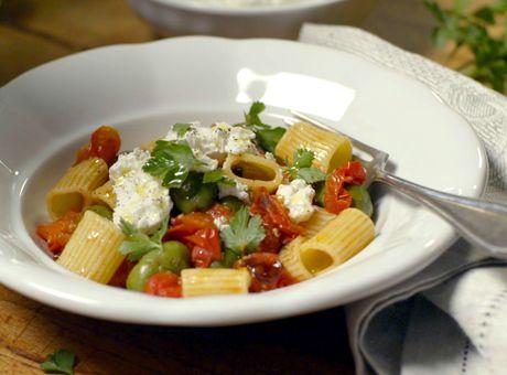 ‿✿⁀ Deník Dity P. - Těstoviny s olivami, cherry rajčátky a kozím sýrem