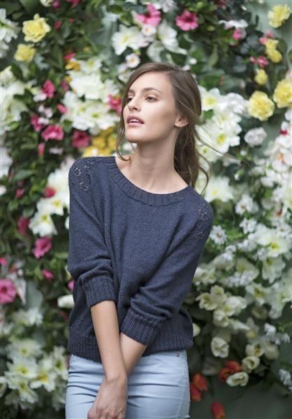 1503: Modell 11 Genser med mønster på skuldrene #strikk #knit #fashion #alpakka