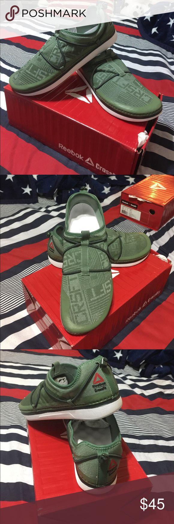 REEBOK CROSSFIT MENS NICE AND ORIGINAL REEBOK CROSSFIT SNEAKERS SIZE 9. MENS Reebok Shoes Sneakers