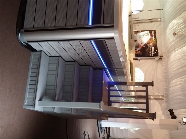 4 Tier Side Entry Step For And