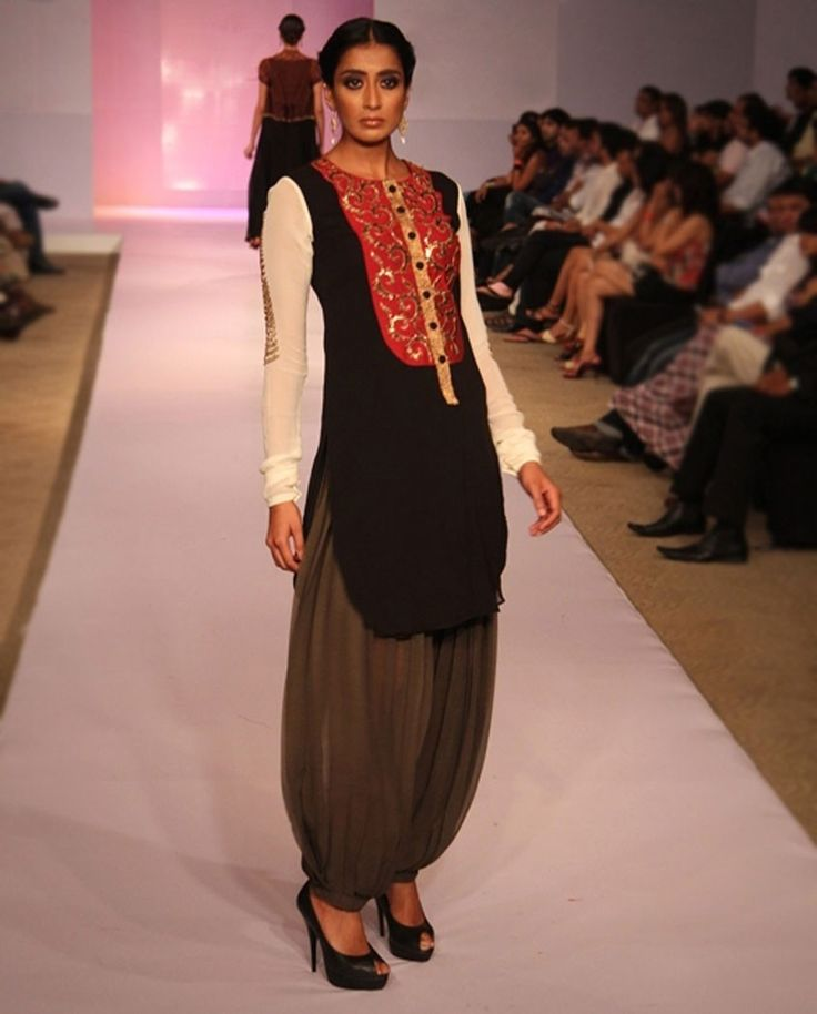 Black & White Suit -kurta with placket, patiala-type salwar with pleated cuff