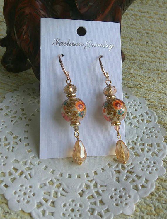 Gorgeous Dangle earrings  Vintage drop earrings Gold Dangle