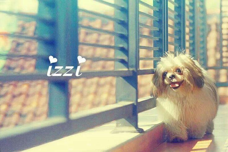 Izzi take photoshot :)