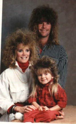 real bad family pictures | Bad Hair Family - Funny picture of 80s family with really bad hair