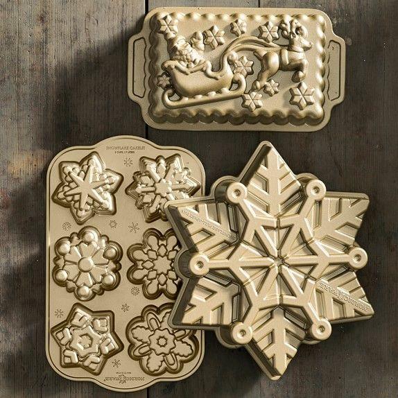 Nordic Ware Pull-Apart Snowflake Cake Pan | Williams-Sonoma
