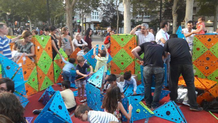 #espacio de #juego con #tutakaboo en el # lanzamiento de #producto #tecnología #familia #niños #juego #aprendizaje