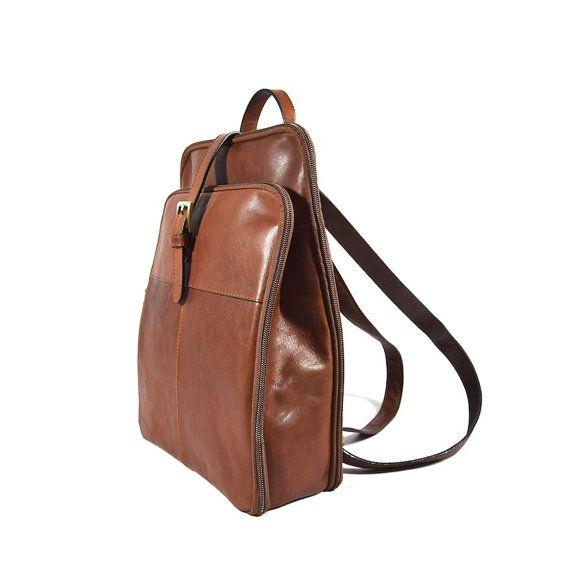 Classic Genuine Leather Backpack Vintage Purse for Women - Zaino in Pelle Vintage da Donna Stile classico d'epoca - HANDMADE IN ITALY