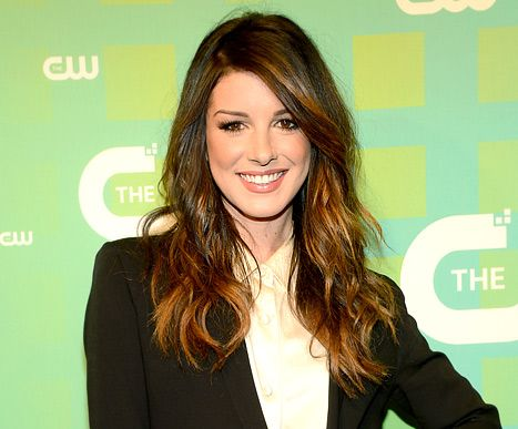 "Shenae Grimes: I had ""zero connection"" to my 90210 character in Season 4,"" but she's looking forward to what is in store for her in Season 5 (check out her interview at The CW Upfronts last week)"