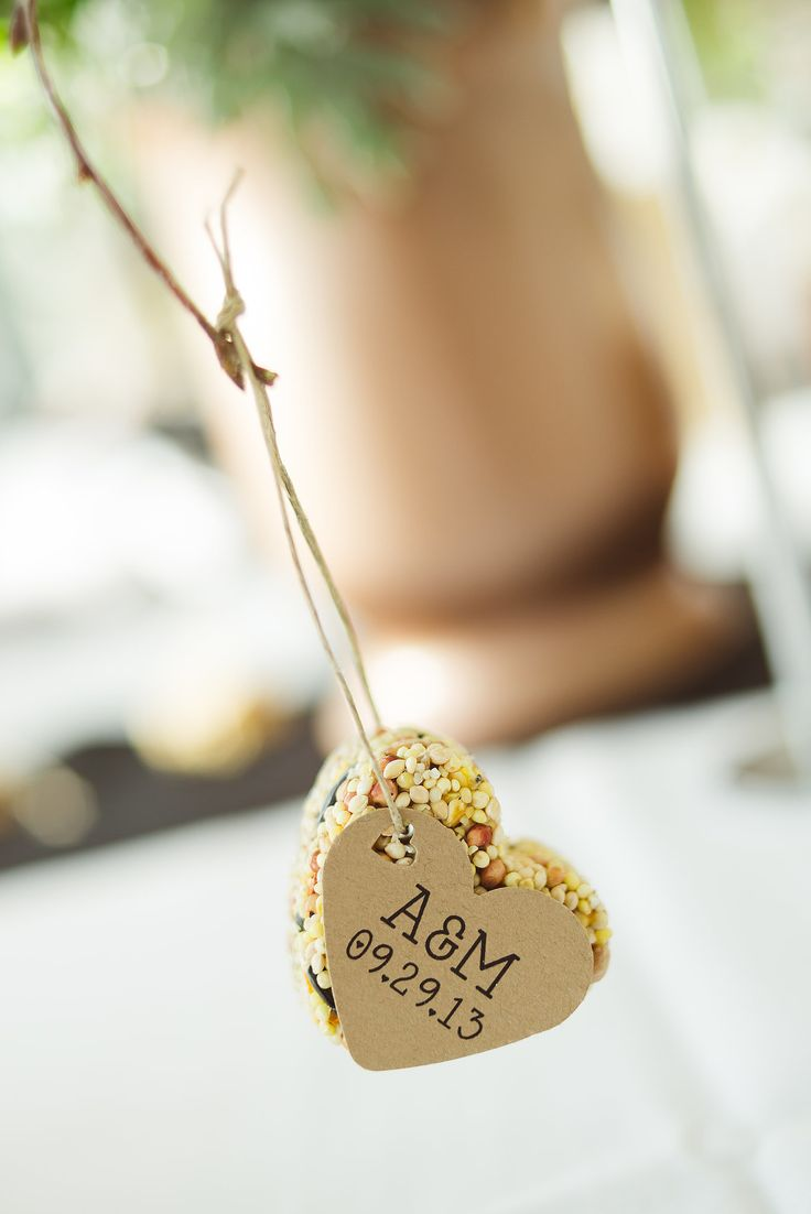Using bird seed as a favor is a fun way to incorporate the tradition into your wedding, and it's a practical favor that your guests will use.