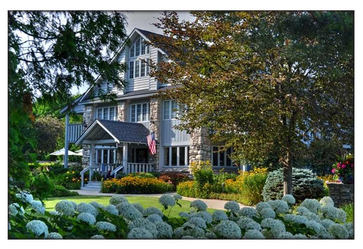 Door county - hotel with some dog-friendly rooms