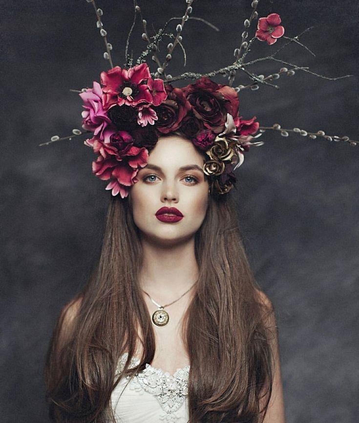 осталась мамой, корона с цветами картинки несколько