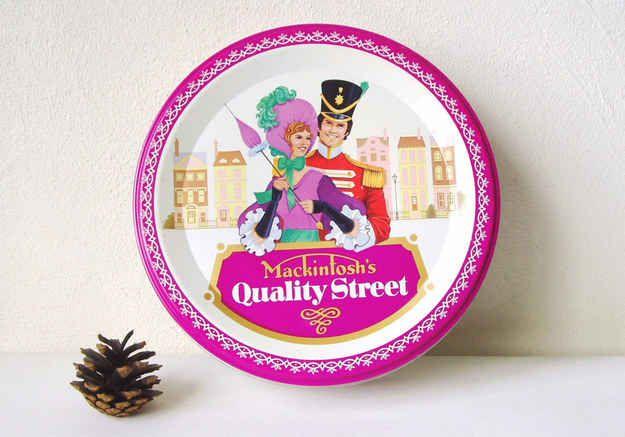 Und an guten Tagen auch mal Quality Street Bonbons                                                                                                                                                                                 Mehr