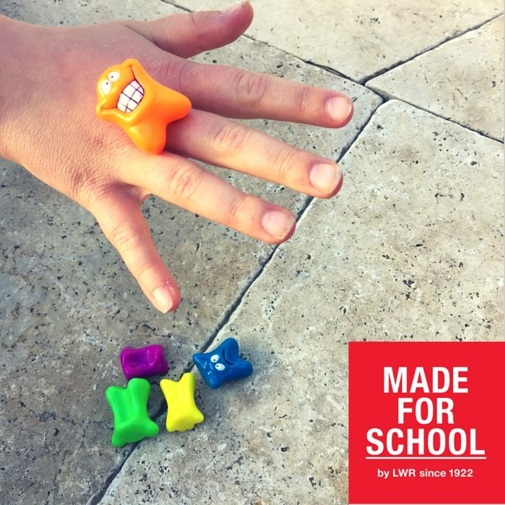 Here's an old favourite that's fun to play with the kids.  Head to to blog for instructions and more - Natalie