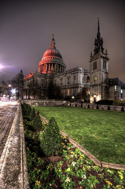 St Paul's Cathedral, London.  Wonderful experience here shortly after my mom died.  Beautiful church.