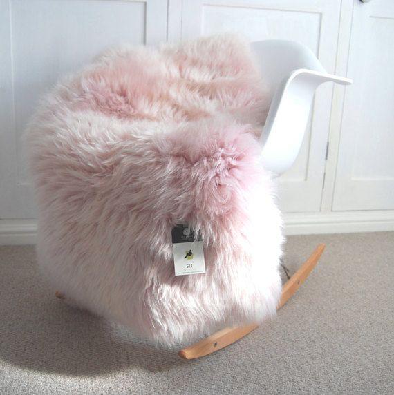 Best 25+ Sheepskin Rug Ideas On Pinterest