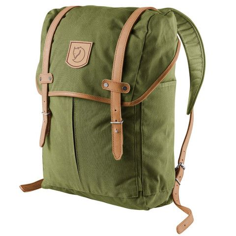 Rucksack No.21 Medium | Fjällräven {Depth: 13 cm Height: 44 cm Width: 28 cm Laptop sleeve: up to 15 Volume: 20 L $175.00}