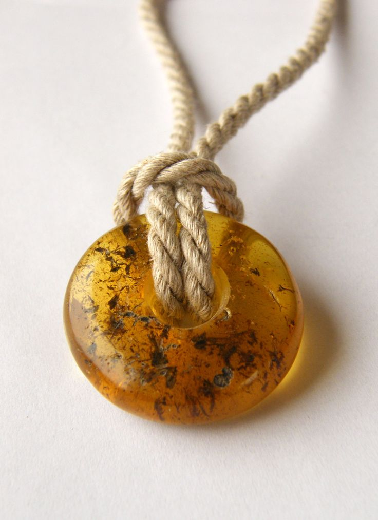 Pendant, Amber Necklace, yellow transparent,genuine amber, modern design, for she, giftbox, linen rope chain, シルバー リング,New,UNIQUE - Handmade von JewellerWithSoul auf Etsy