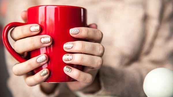 Πλεκτά και στα νύχια! 3D μανικιούρ, η απόλυτη τάση για το χειμώνα!