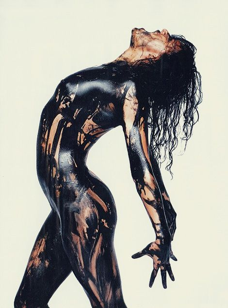 "Avatar actress Michelle Rodriguez posed naked and covered in oil to help promote The Big Fix, a documentary that claims to blow the lid off ""the massive cover up"" surrounding the Deepwater Horizon oil spill."