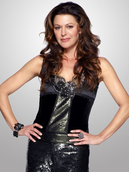 Jane Leeves:  Hot in Cleveland and Frazier