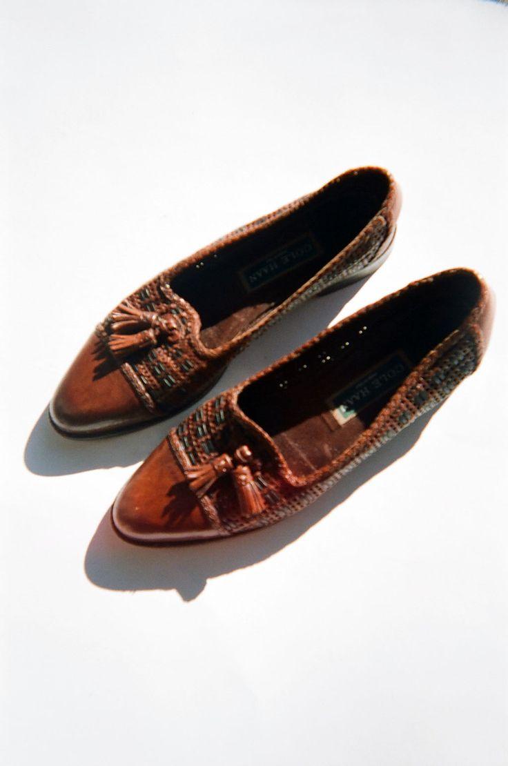 Dancing Shoes, Cole Haan, Sidewalk, Cuba, Loafers, Silhouette, Walking,  Footwear, Walkway